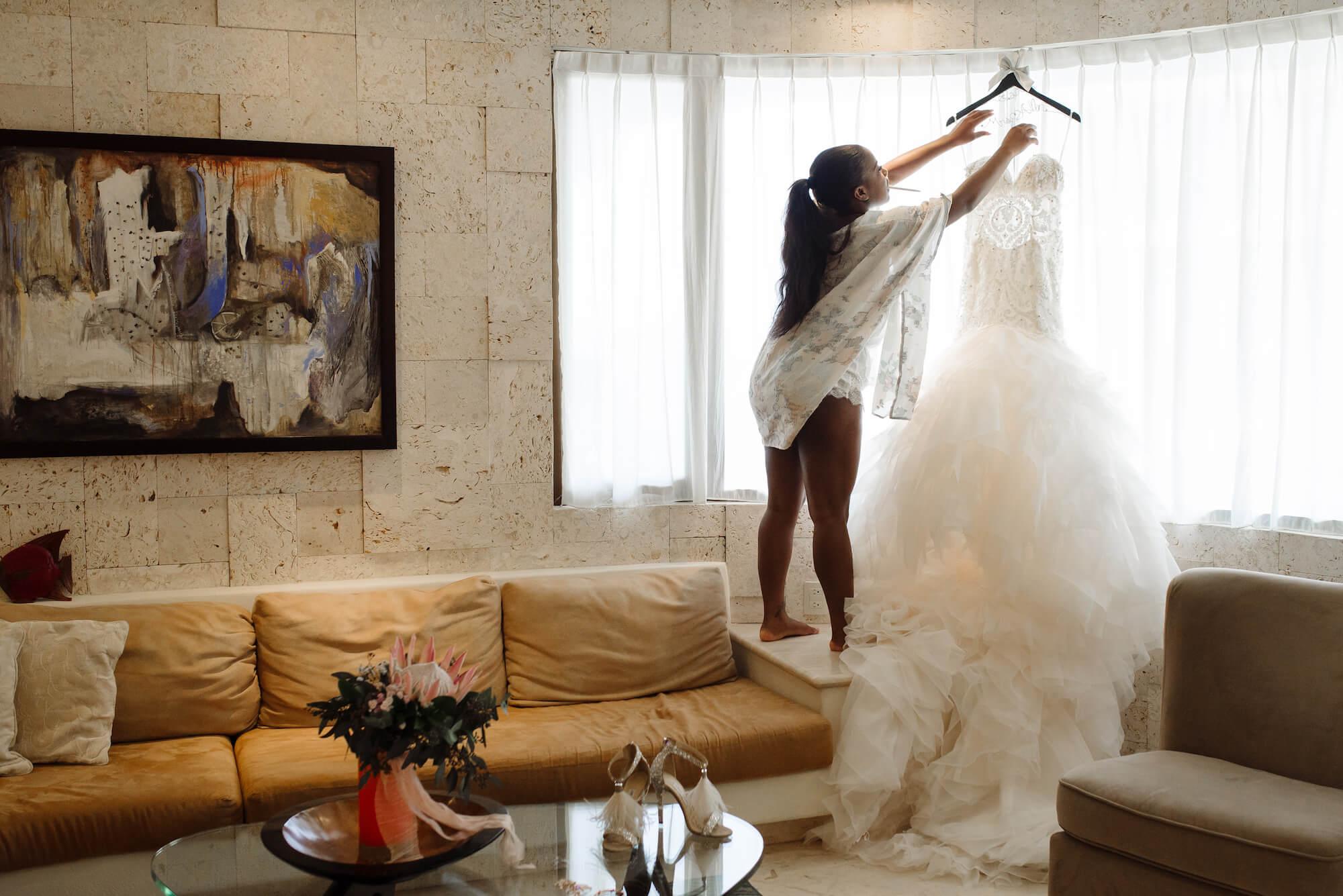 destiland-desti-sweating-for-the-destination-wedding-ready-workouts-2019-legs-booty.jpg
