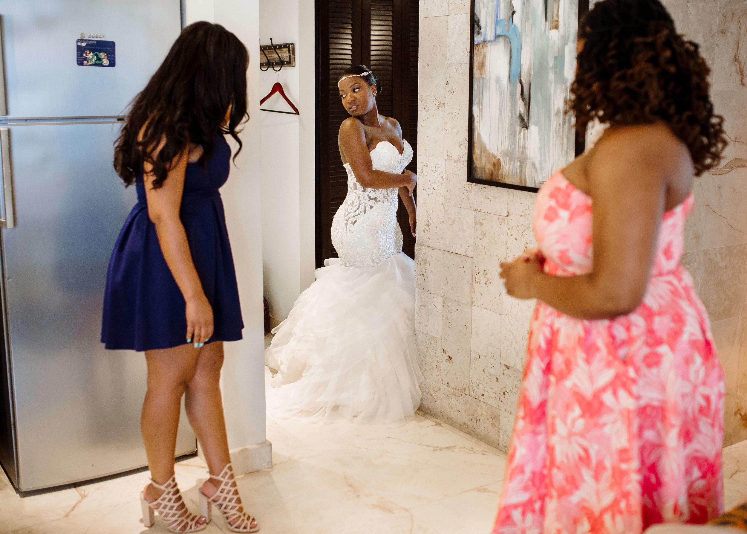 destiland-desti-sweating-for-the-destination-wedding-ready-workouts-2019-booty.jpg