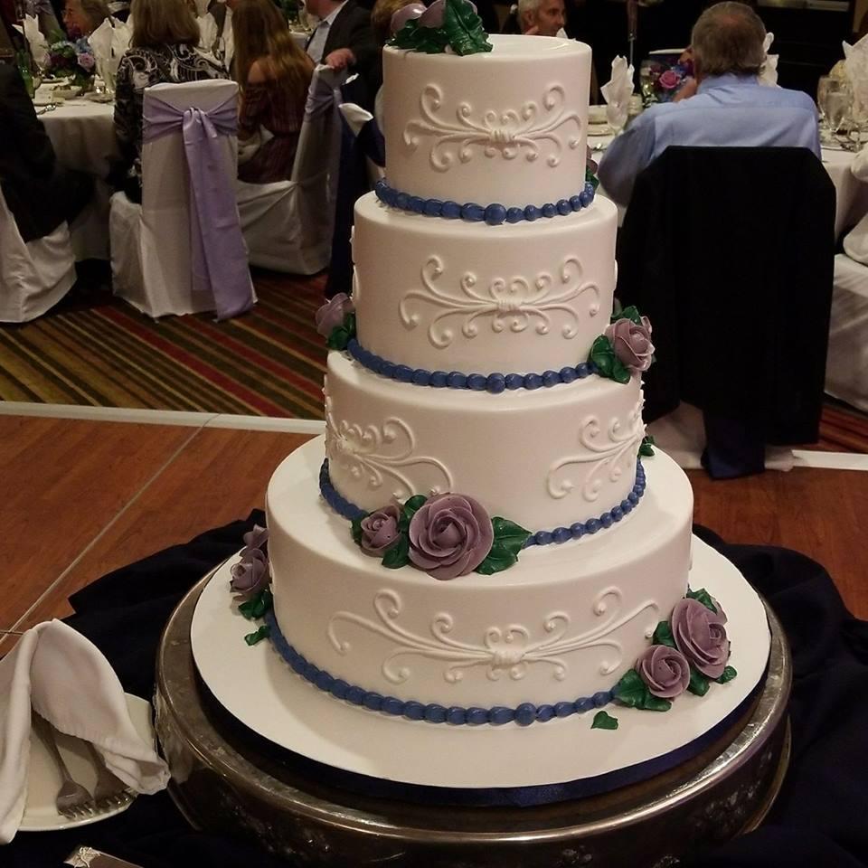 Attocchi-Krause Wedding Cake-9-29-17.jpg