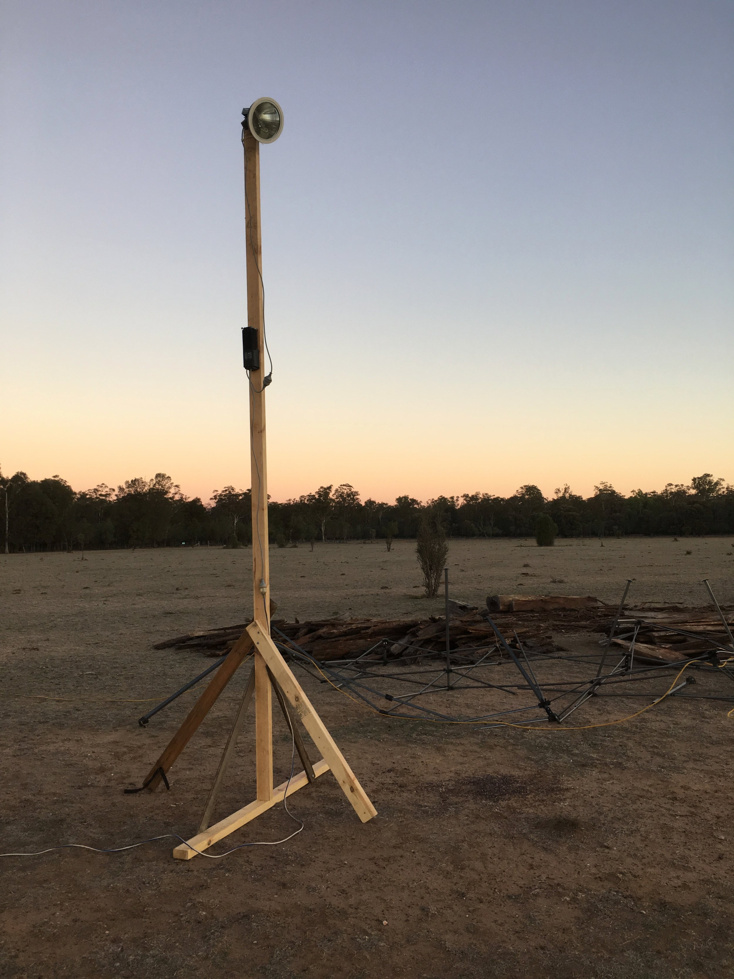 """It's a truly DIY affair out on the paddock. Unlike commercial construction projects, the meagre event budget doesn't extend to lifting equipment or lighting towers. Thankfully, there was one leftover length of 2""""x4"""", just enough to knock up this makeshift tower."""