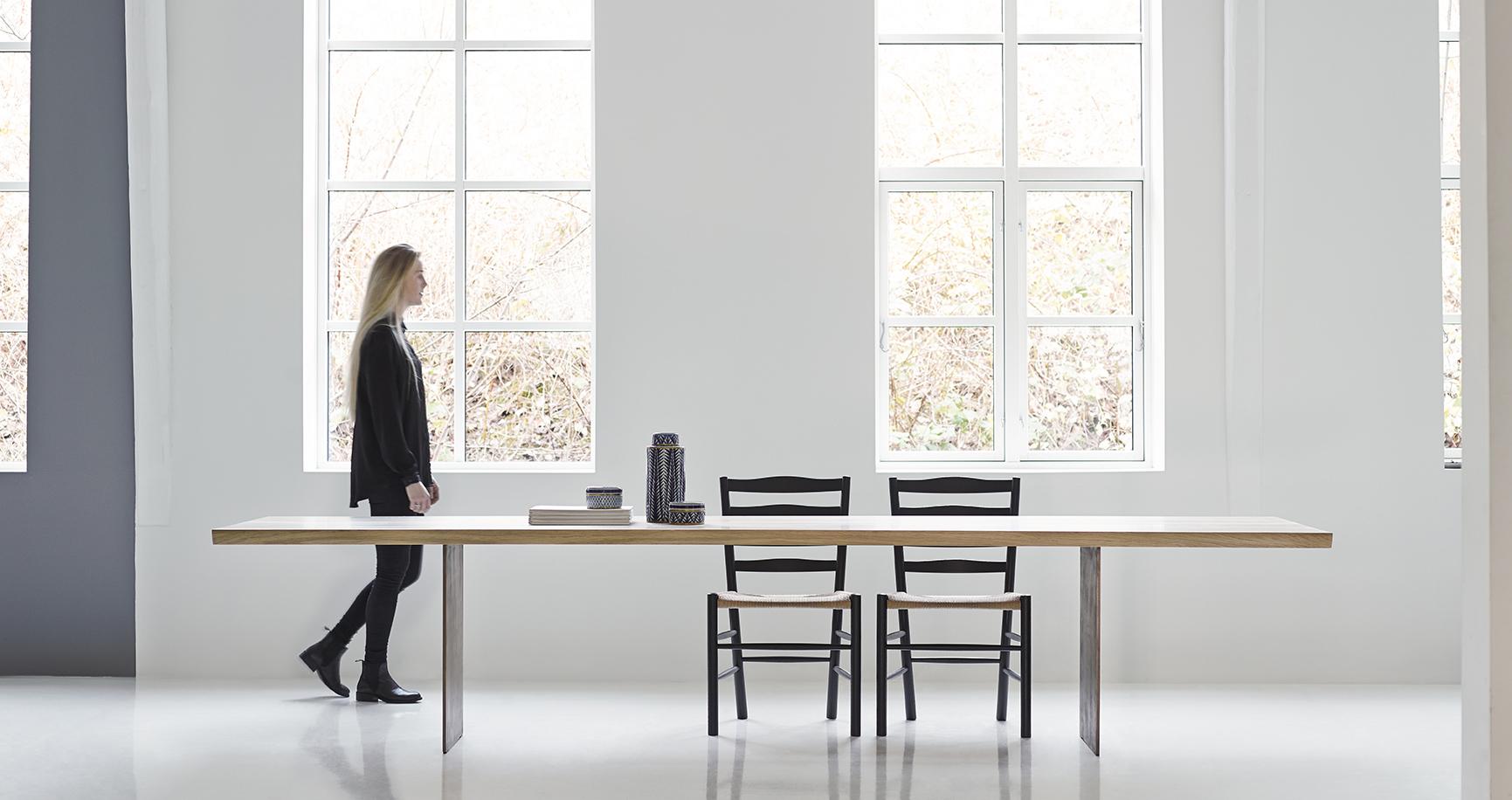 Dk3- 3 Table