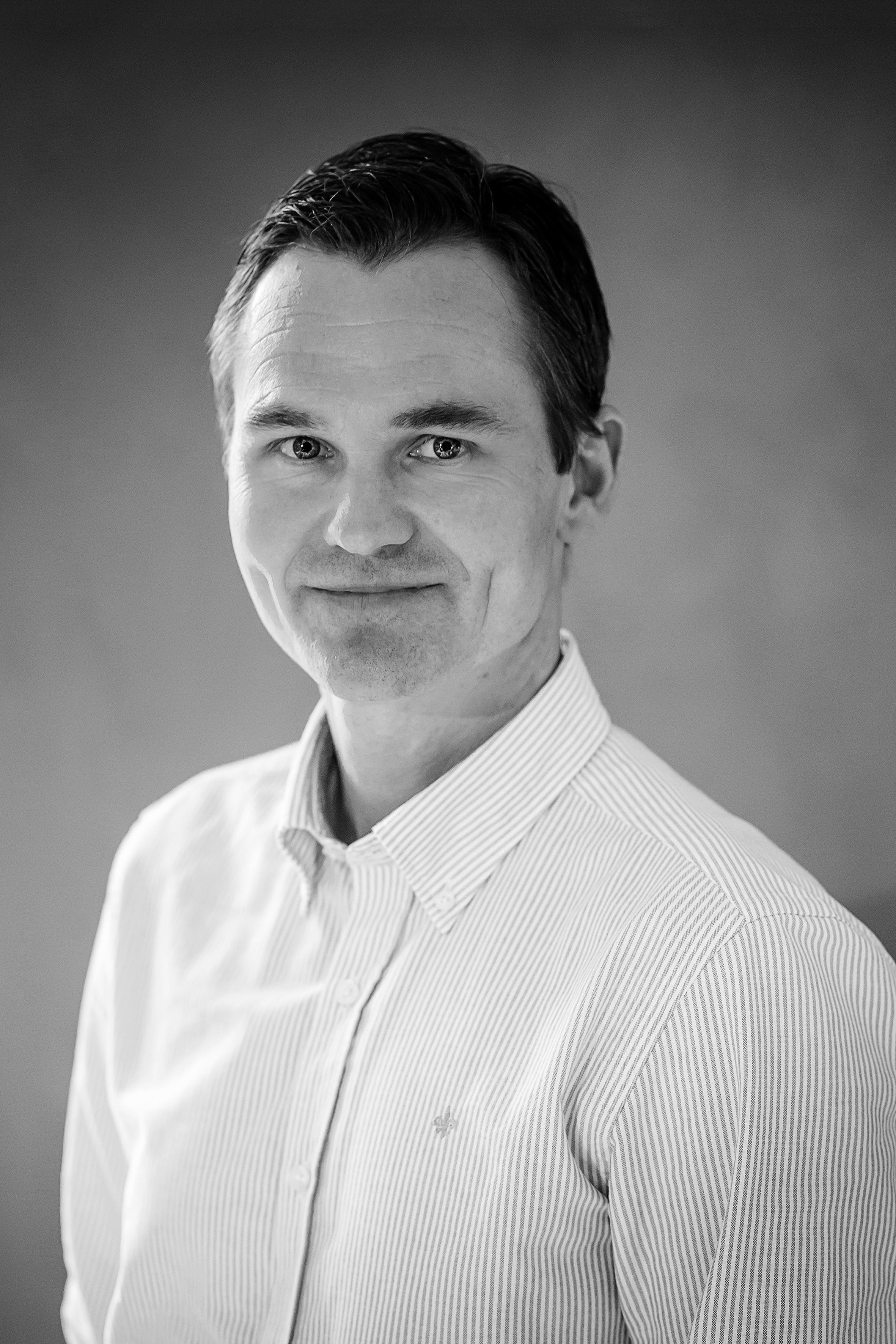 Finn Erik Arnesen  Service- leder  Finn.erik@berlebergen.no