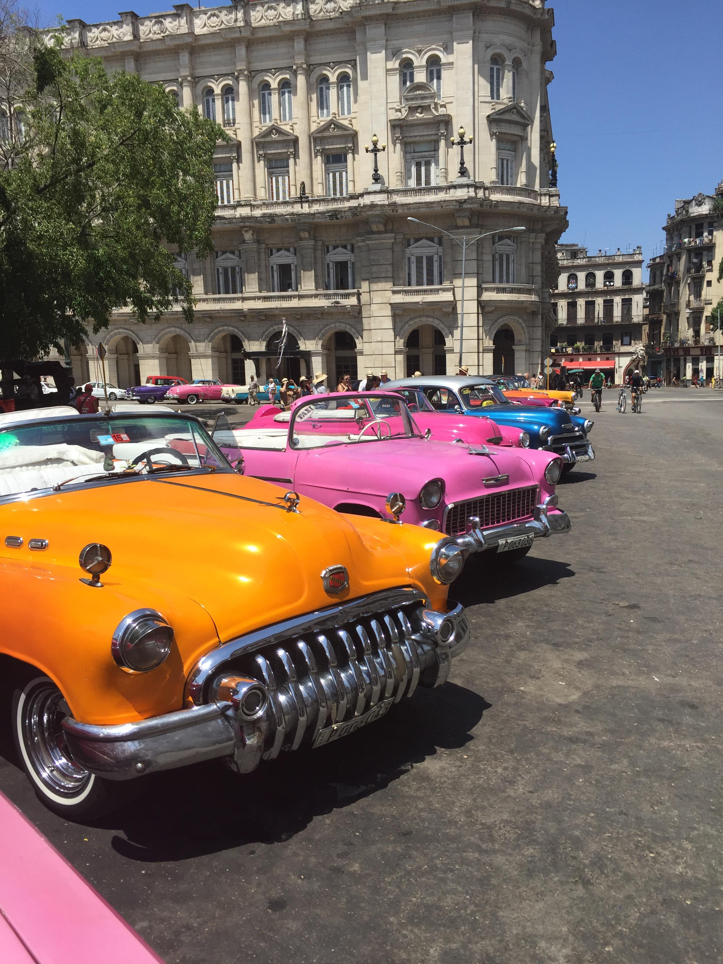 السيارات الكلاسيكية في هافانا