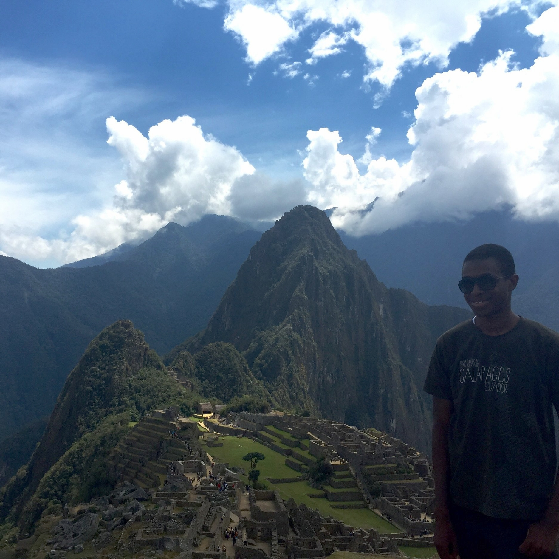 البيرو