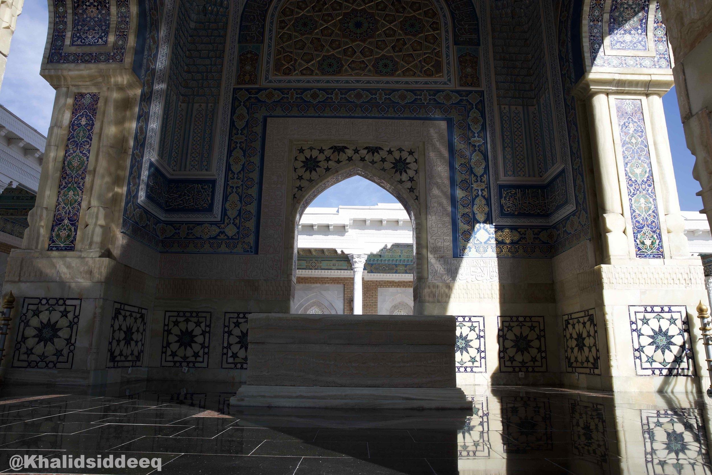 أبو عبد الله محمد بن إسماعيل البخاري - يعرف بالإمام البخاري