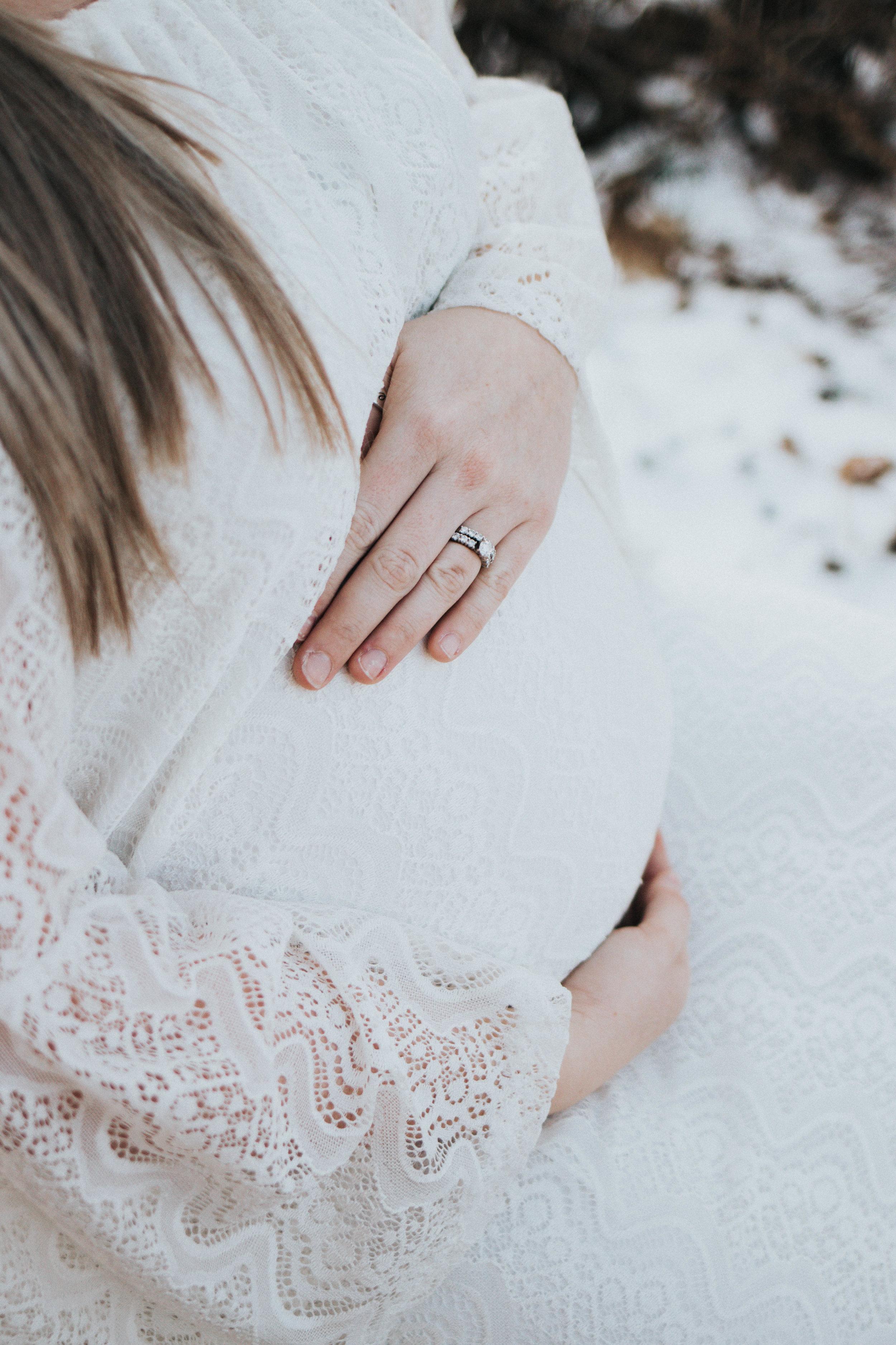 Noyola_Maternity-209-2.jpg
