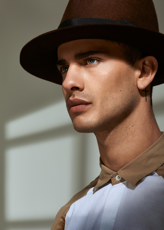 Tommy brown hat.jpg
