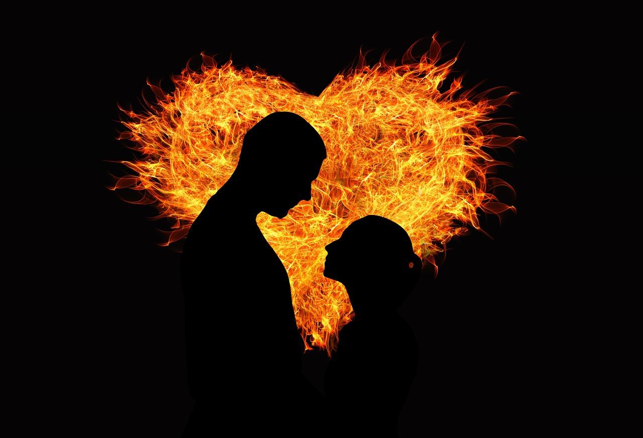 ....     Wenn zwei Menschen sich in echter Liebe treffen, geschehen Wunder      ..      When two people meet in the spirit of true love, miracles can happen .    ....
