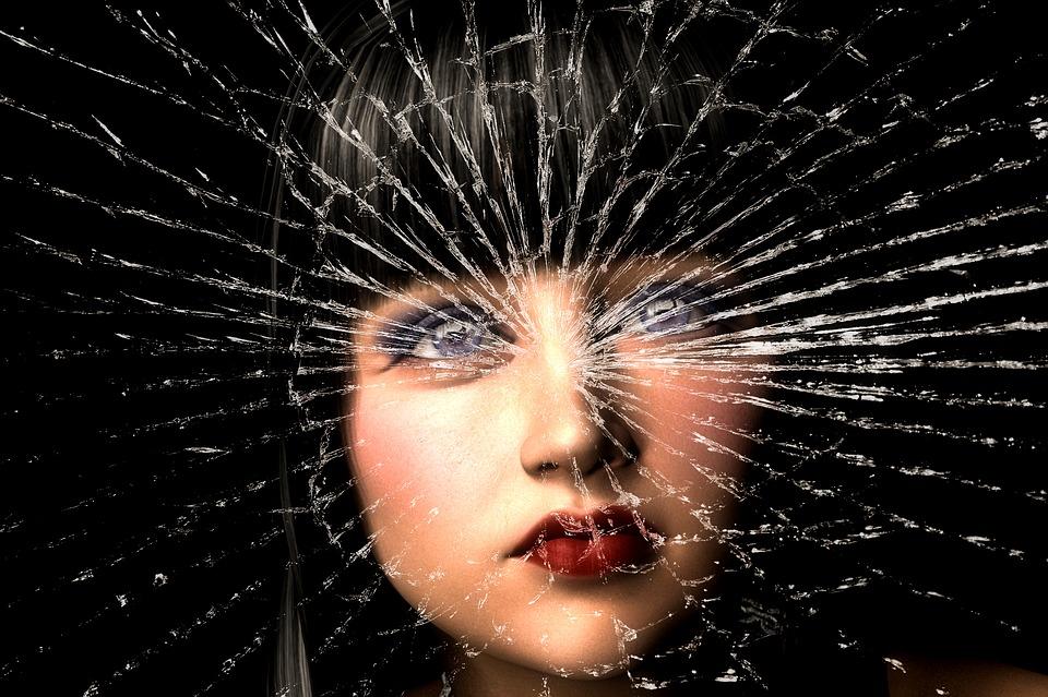Je stärker jemand in toxischen Gefühlen gelebt hat, desto herausfordernder der Ausstieg. Kleine Schritte, ohne aufzugeben, beständig vorwärts, werden zur Befreiung führen. Bei willensstarken Naturen kann es mitunter einiges schneller gehen. Willensstark wird jemand, der seinen Frontallappen fördert ( NEWSTART PLUS ).