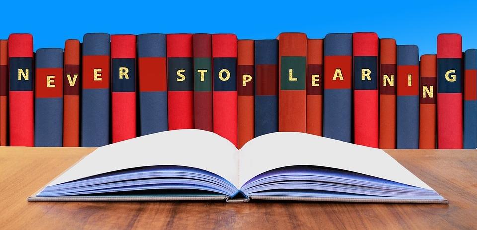 Und nicht zuletzt: Nie mit Lernen aufhören. Stillstand bedeutet Abstieg. Vorwärts bewegen bedeutet Leben.