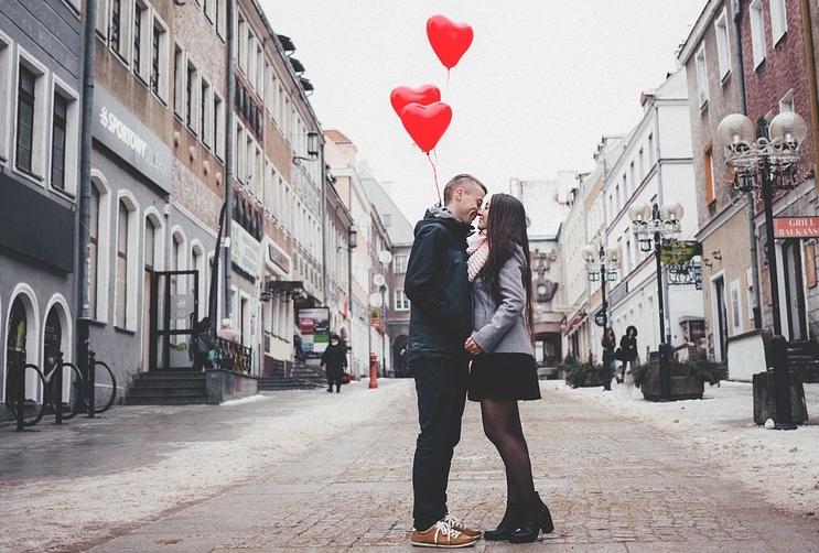 ....   Glück auf Dauer kommt nicht von ungefähr. Es gibt Rezepte für eine glückliche Partnerschaft. Lassen Sie sich das doch zu Gemüte führen :-)   ..   Happiness is not a matter of luck. There are good recipes for happy relationships to be found. Here's one I really like.   ....