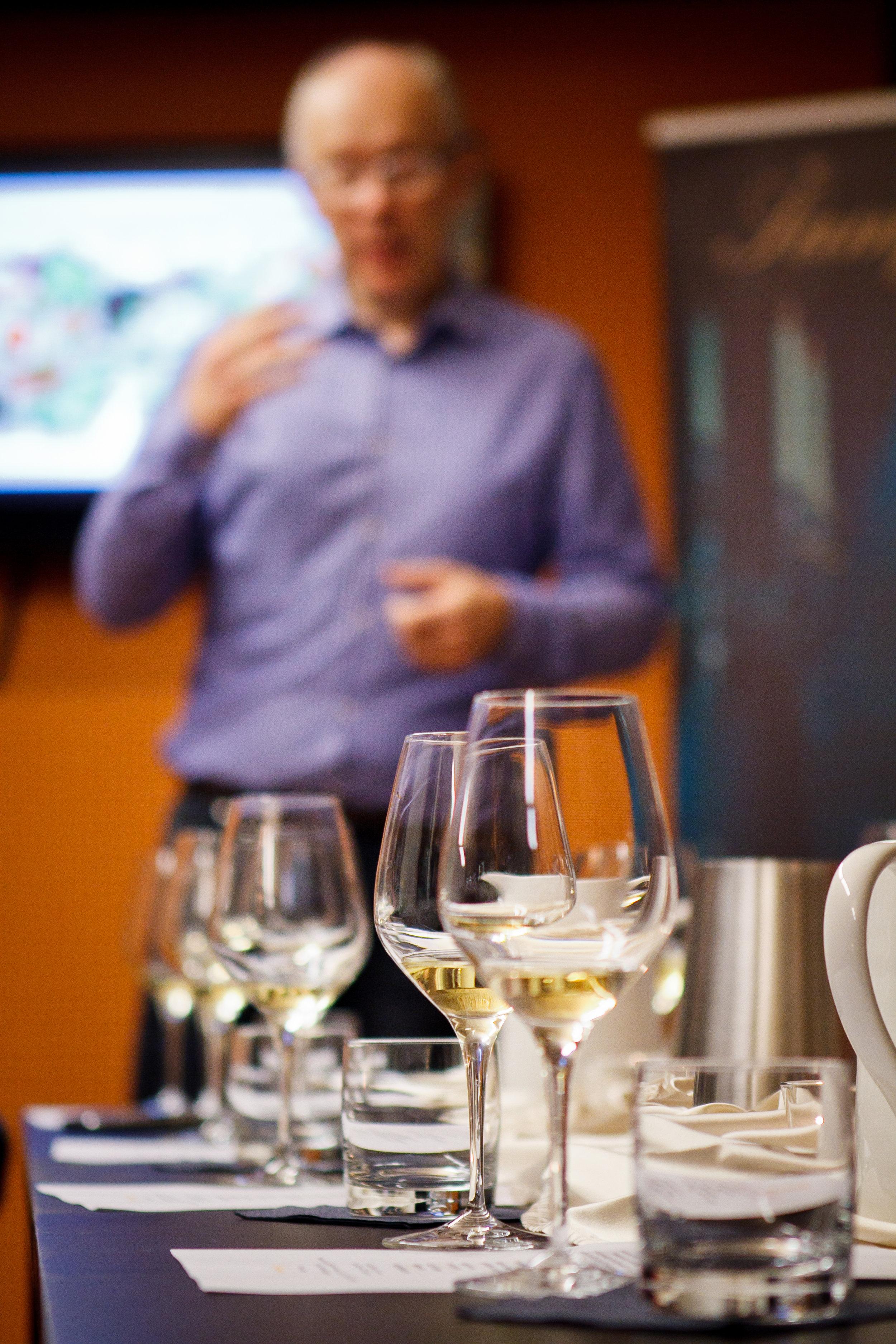 Hedonia_delavnica šampanjca-10.jpg