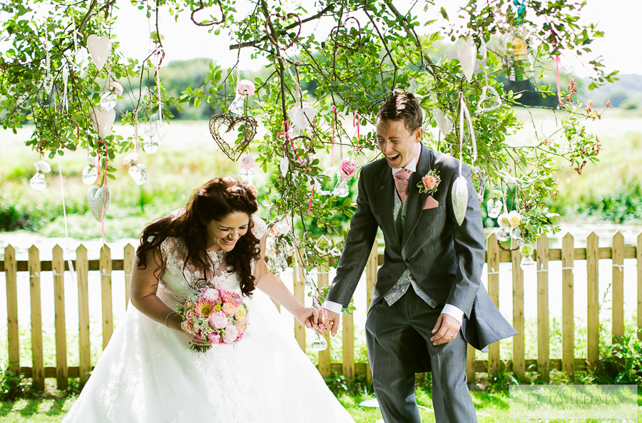 Sopley+Mill+wedding+photographers+039.jpg