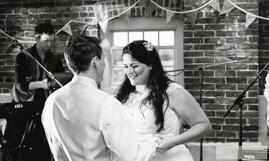 Sopley+Mill+wedding+photographers+054.jpg