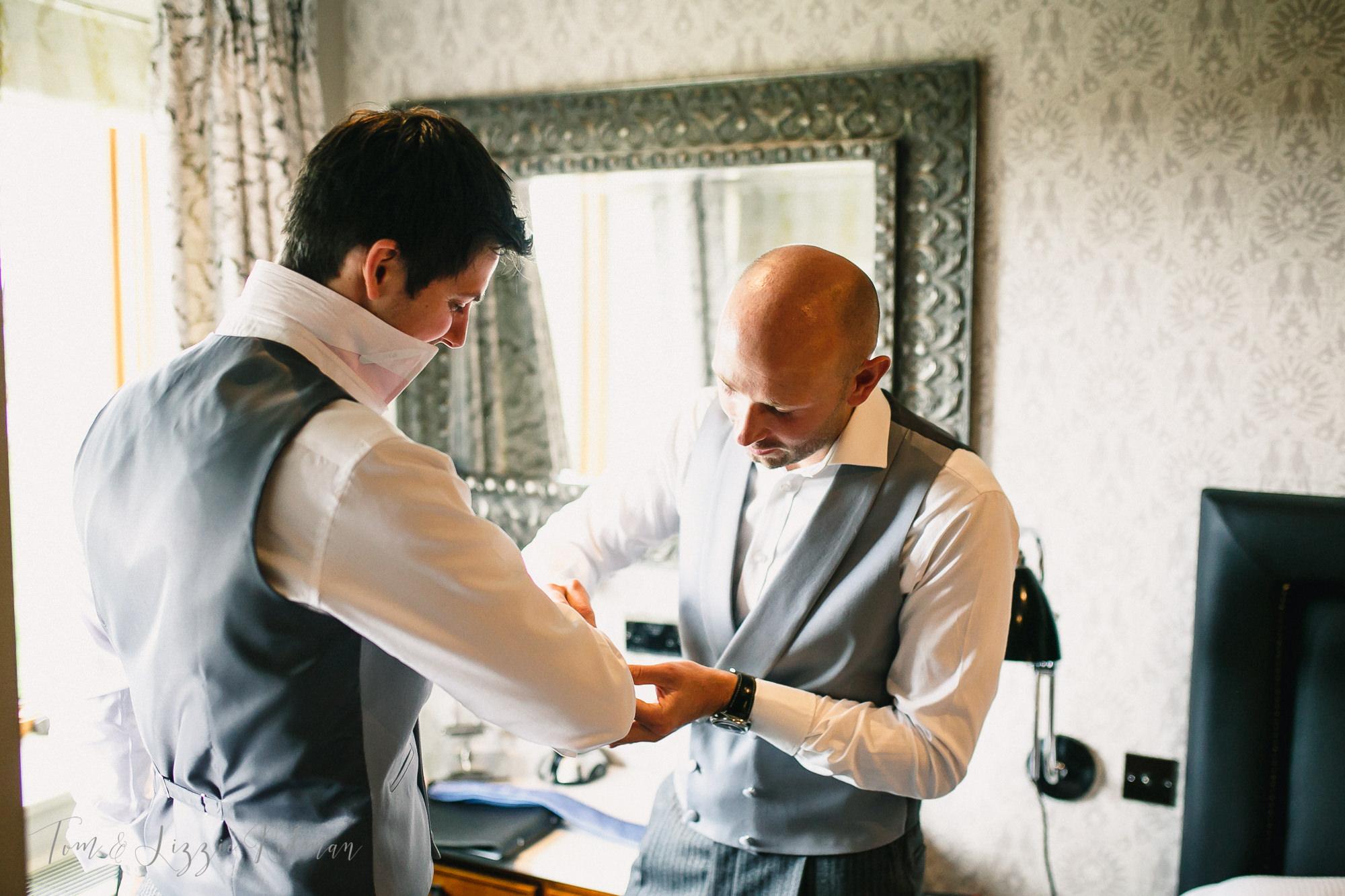 Dorset wedding photographers 007.jpg