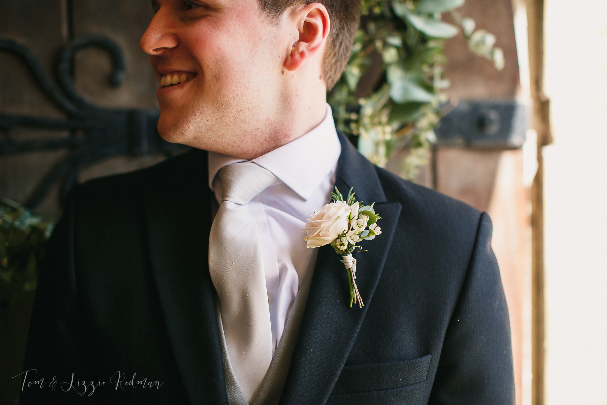 Dorset wedding photographers Tom & Lizzie Redman 012.jpg