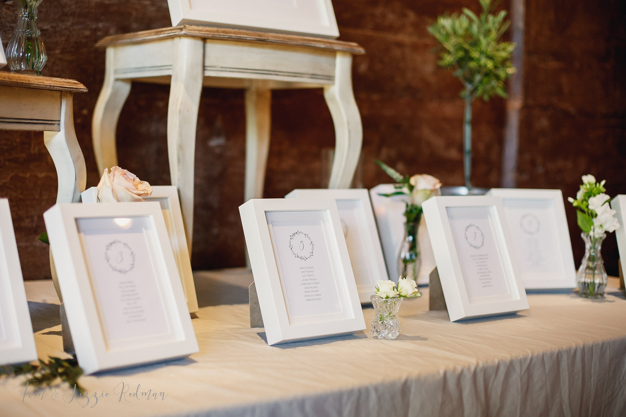 Dorset wedding photographers Tom & Lizzie Redman 040.jpg