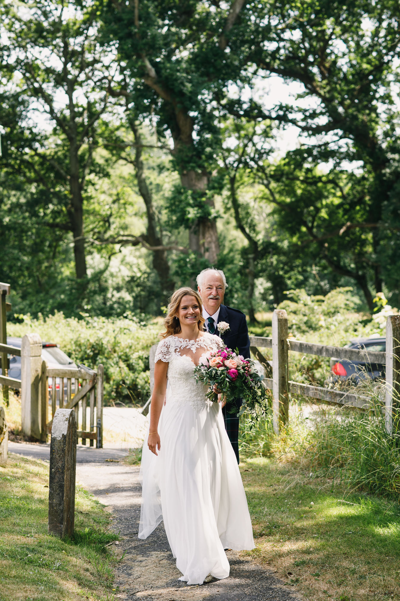 Hampshire wedding photographers 025.jpg