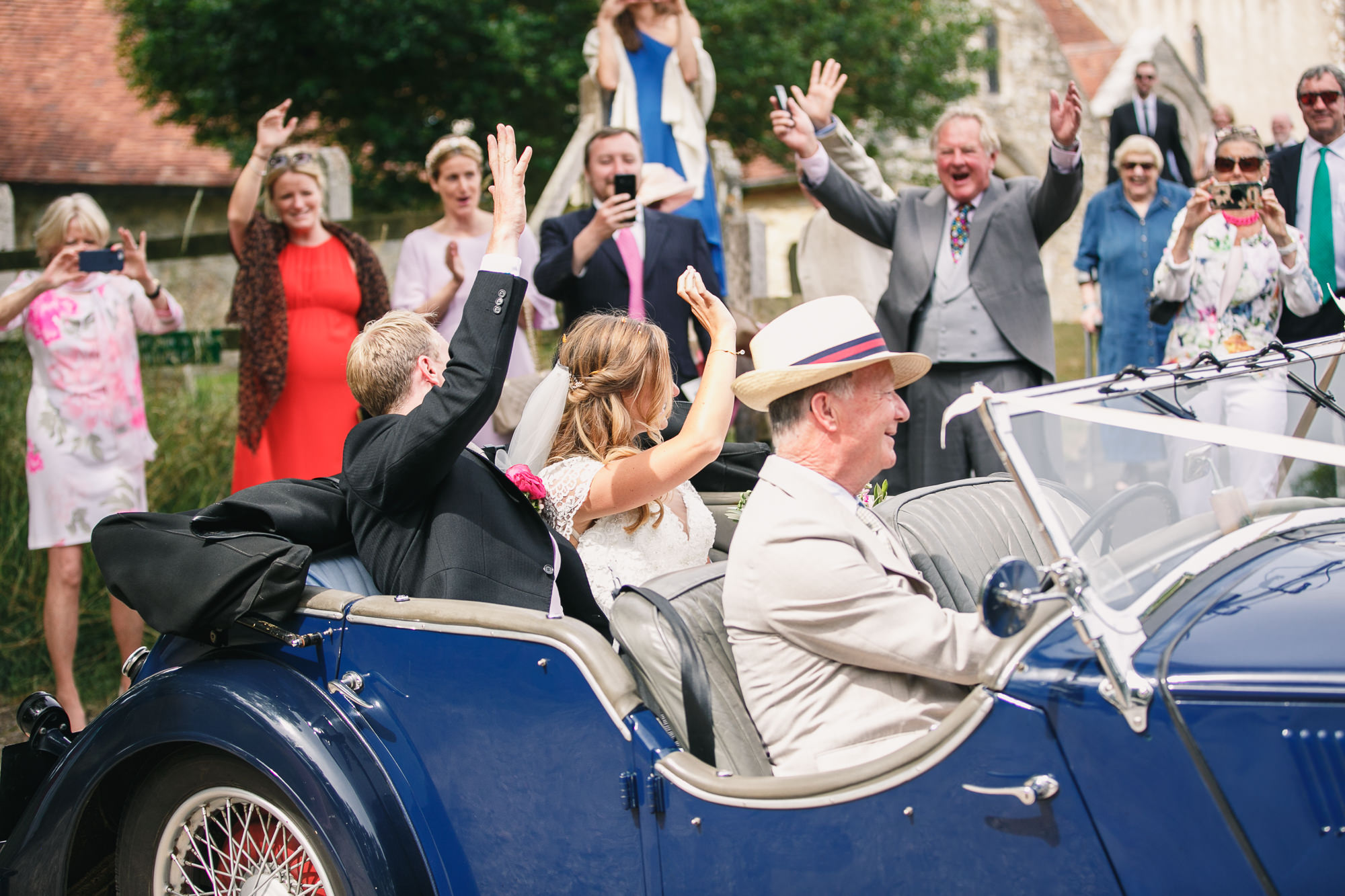 Hampshire wedding photographers 034.jpg