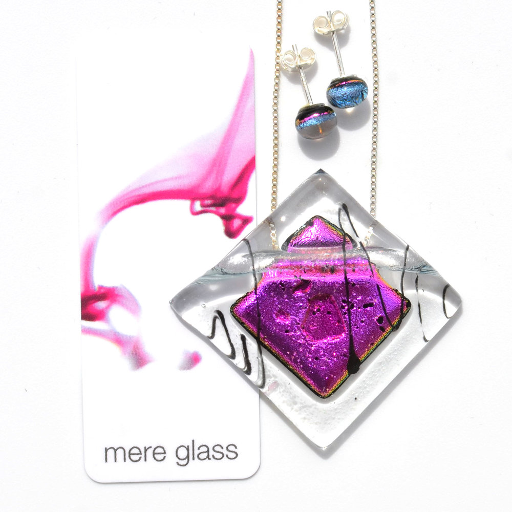 Pendant and earring set in pink by Mere Glass mere-glass.com