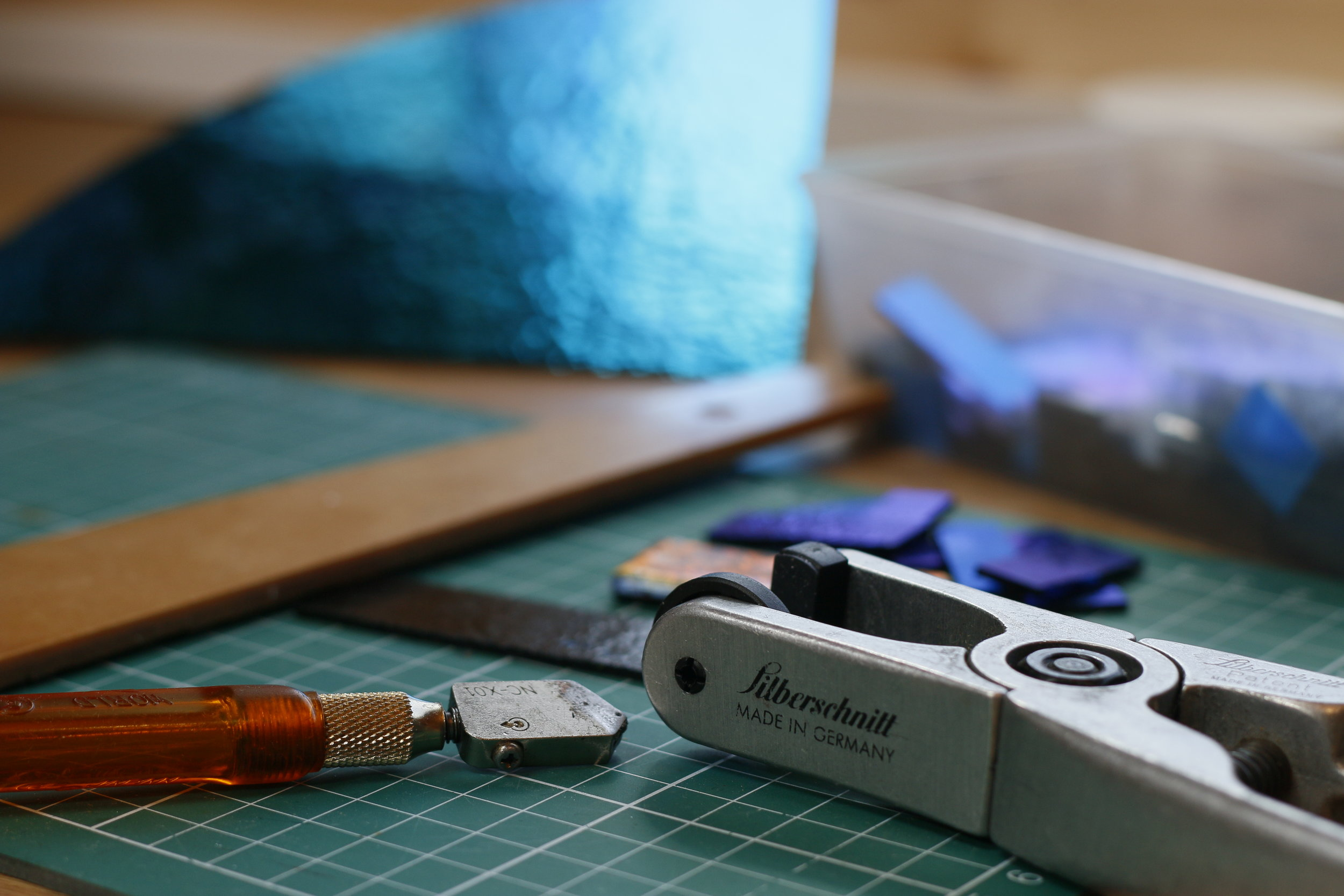 Mere Glass Glass Cutting Tools and Dichroic Glass