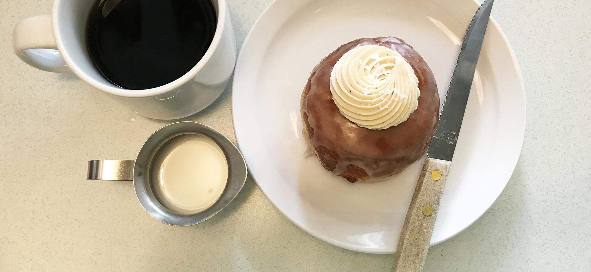 White Lily Diner - Fresh Doughnut