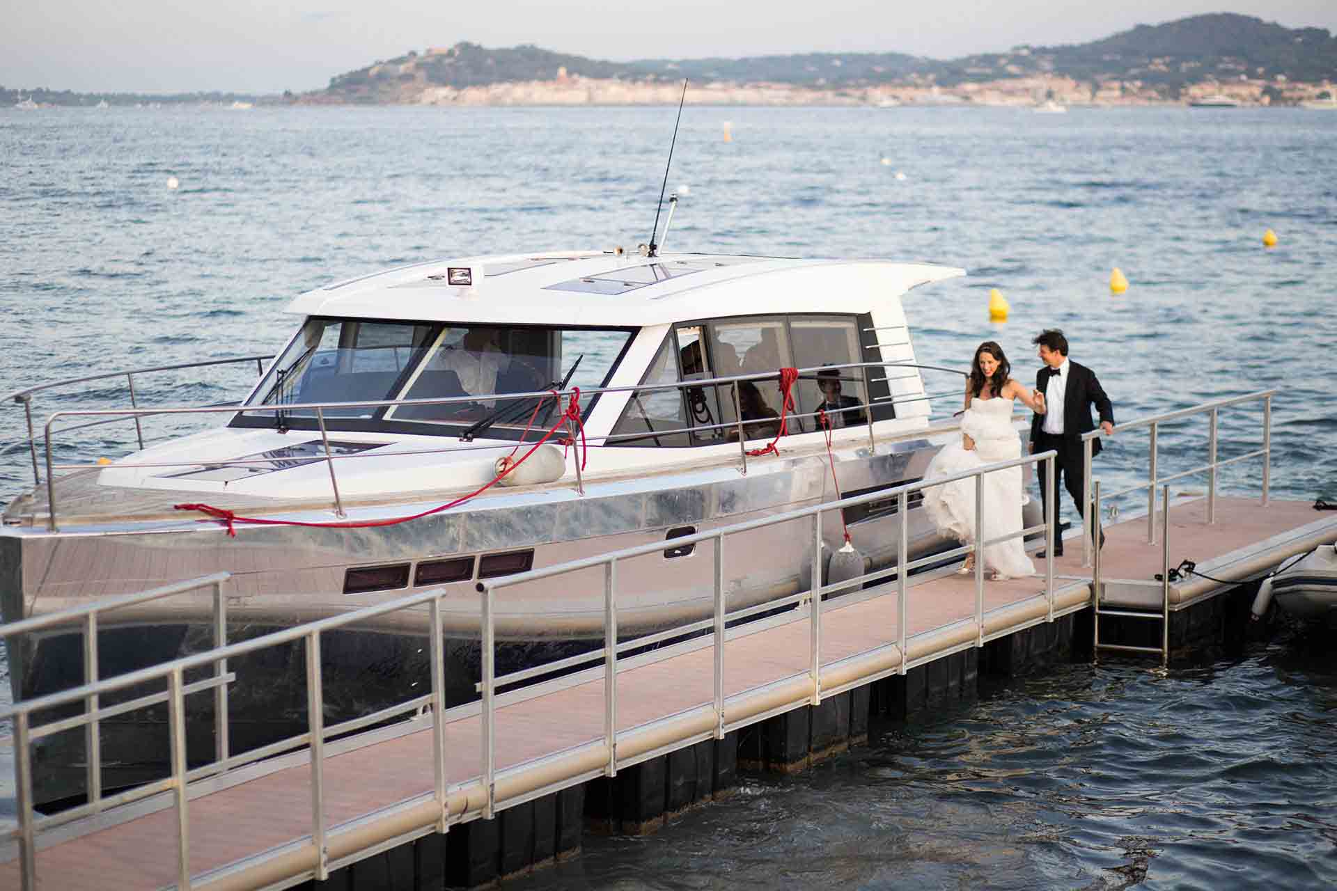 Le Beauvallon bride and groom yacht.jpg