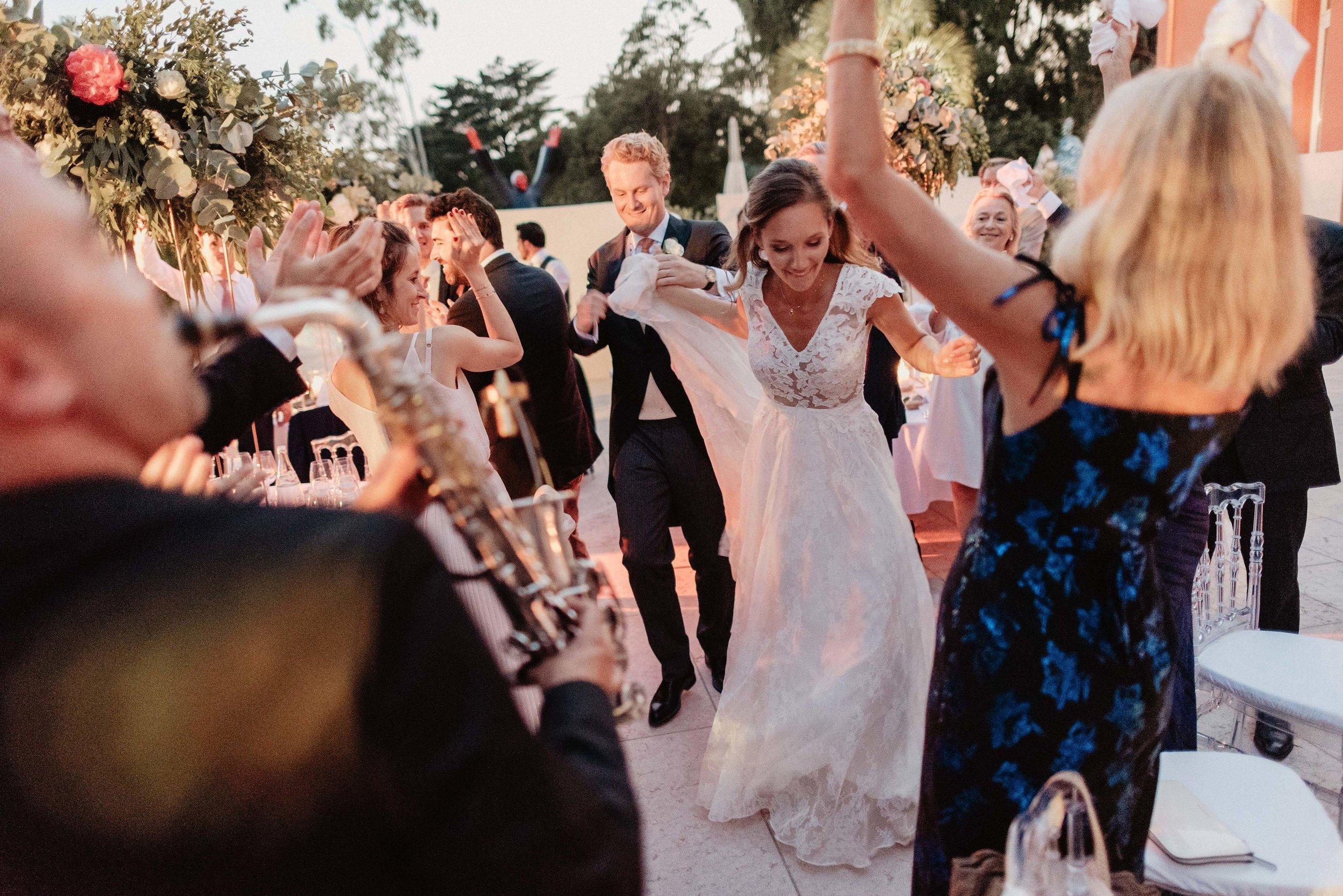 Le Beauvallon Dancing Entrance.jpg