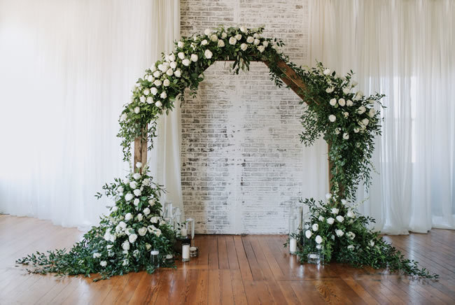 Industrial-Chic-Wedding-Arches-09.jpg