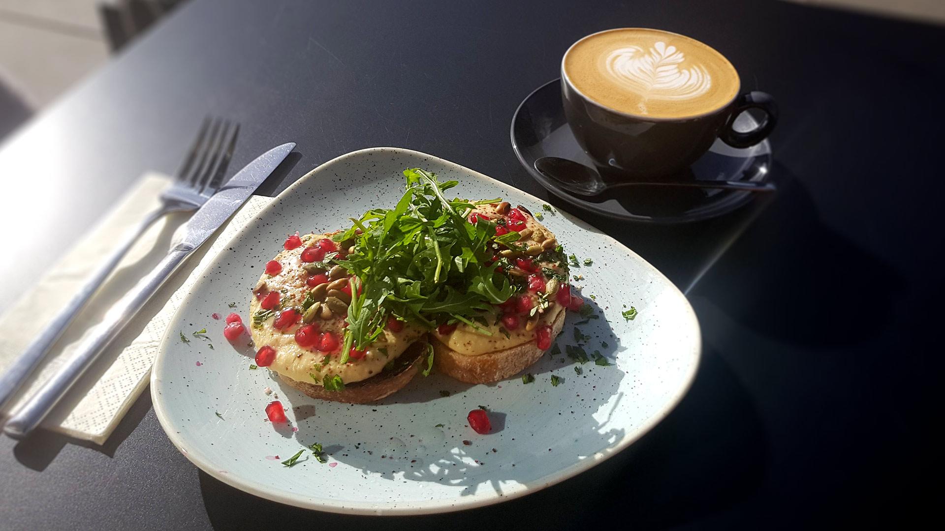 granary-breakfast.jpg