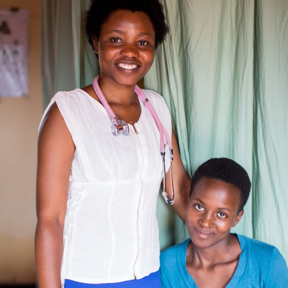 Anita Kamaliza - Praying for a Miracle