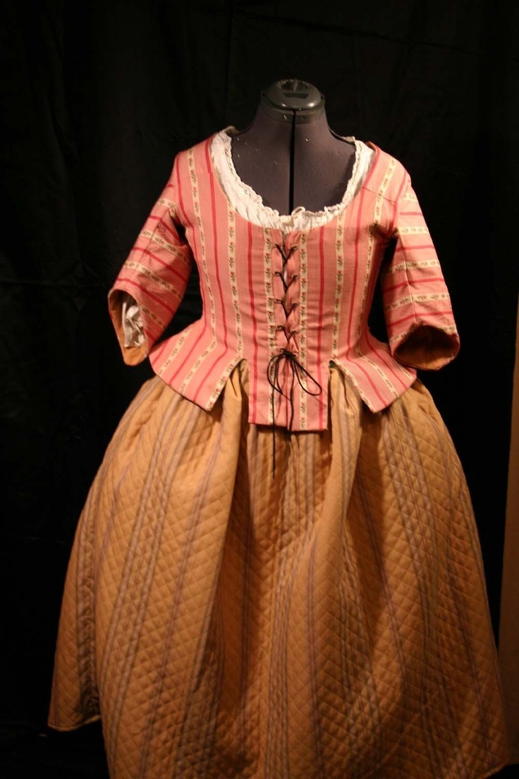 Short Gown with Petticoat