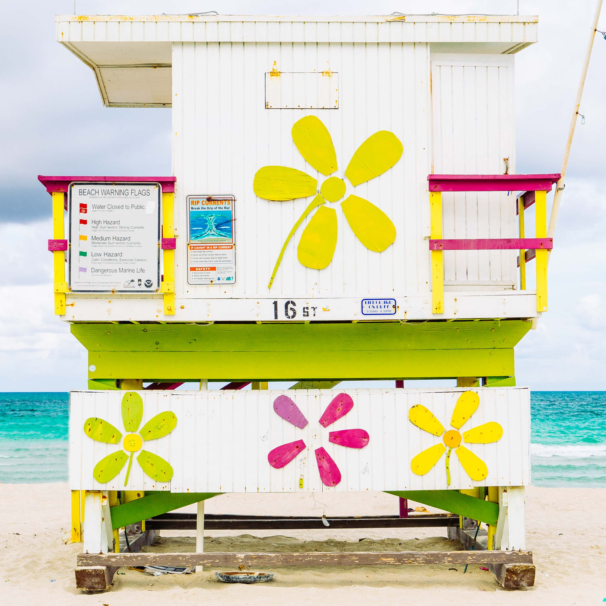 16th St. Miami Lifeguard Stand - Rear View