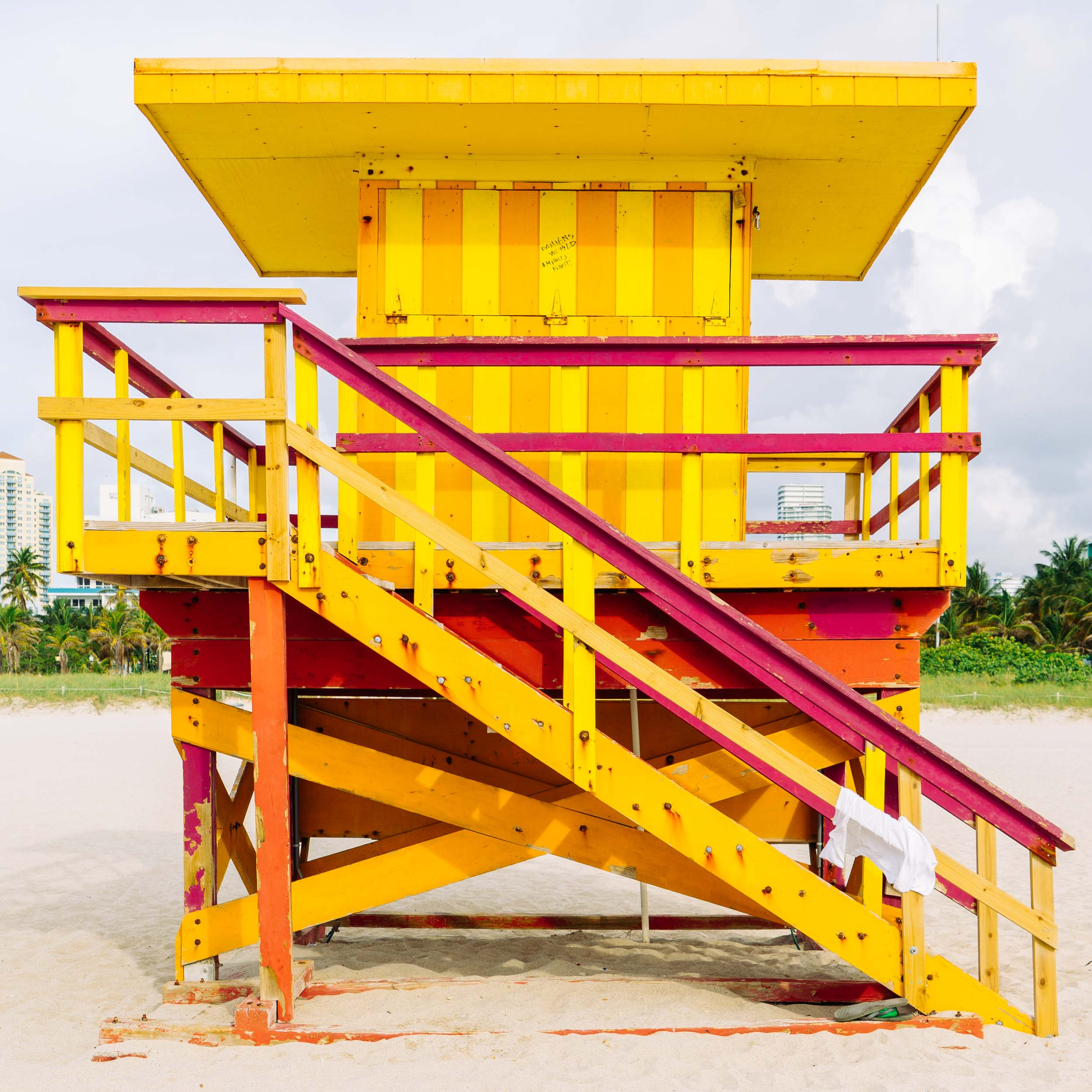 3rd St. Miami Lifeguard Stand - Front View