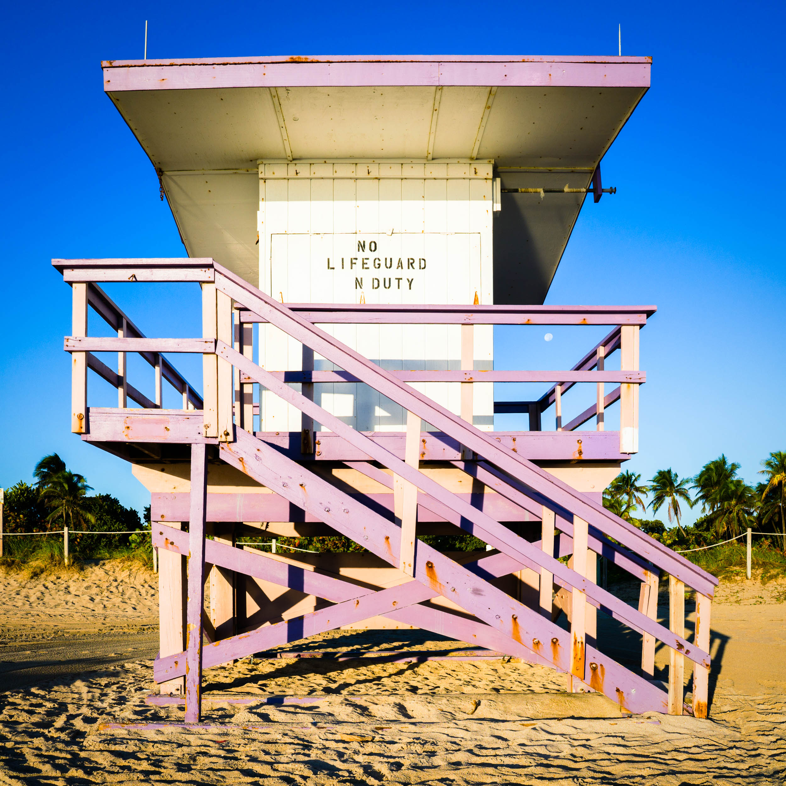 80th St. Miami Lifeguard Stand - Front View