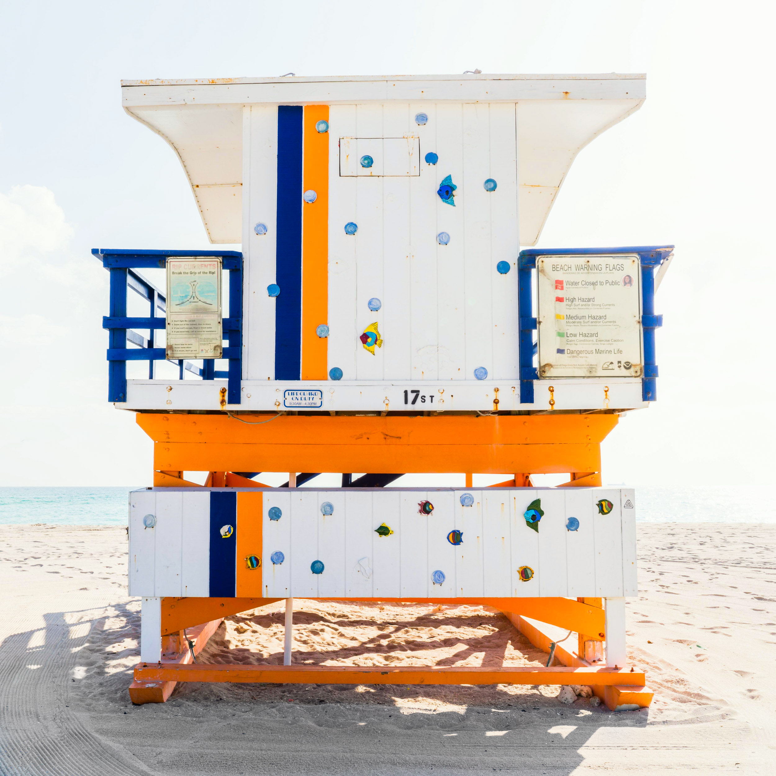 17th St. Miami Lifeguard Stand - Rear View