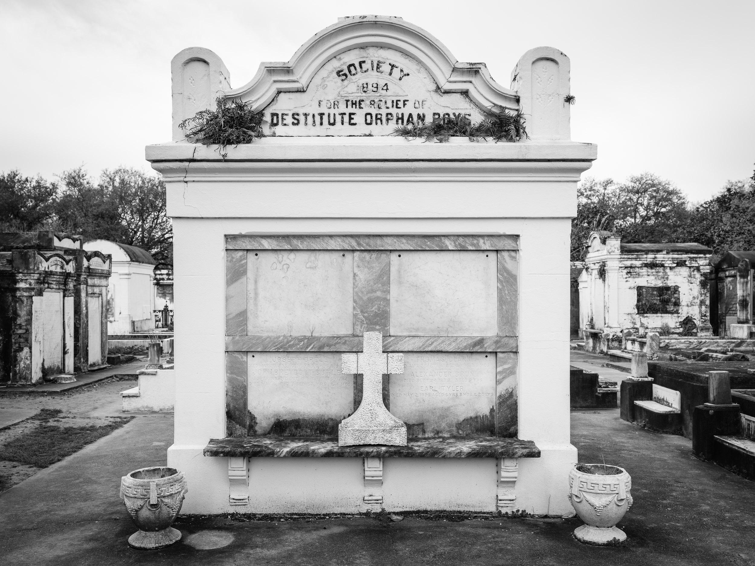 Lafayette Cemetery #1, Garden District