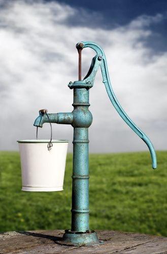 Water well_4824.JPG