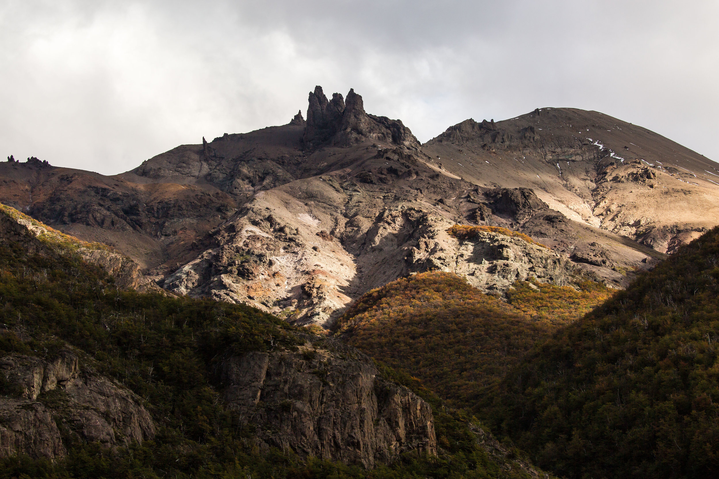 The mountains and light of Jeinimeni National Reserve