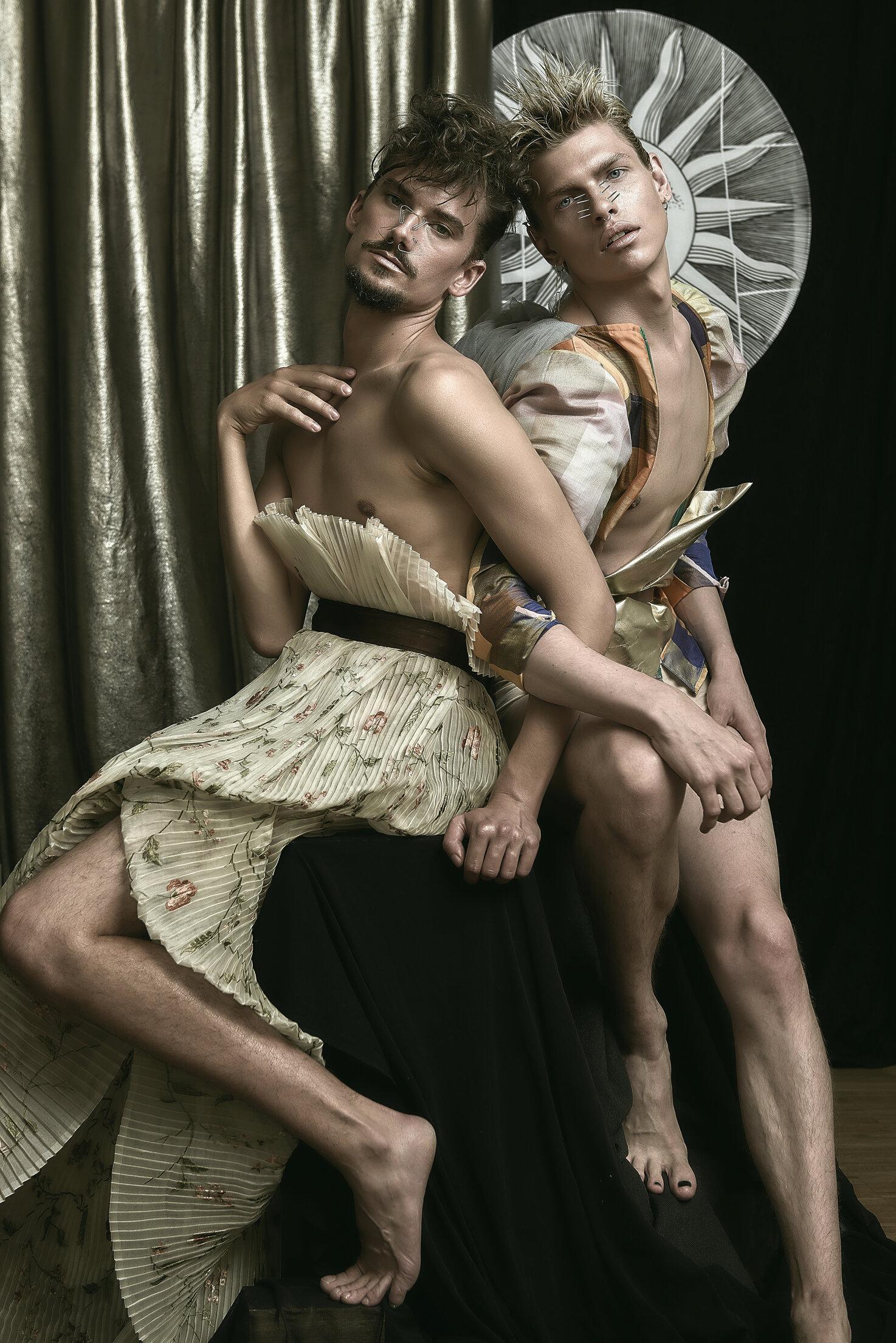 Beige flower printed folded long skirt / Silk plaid top