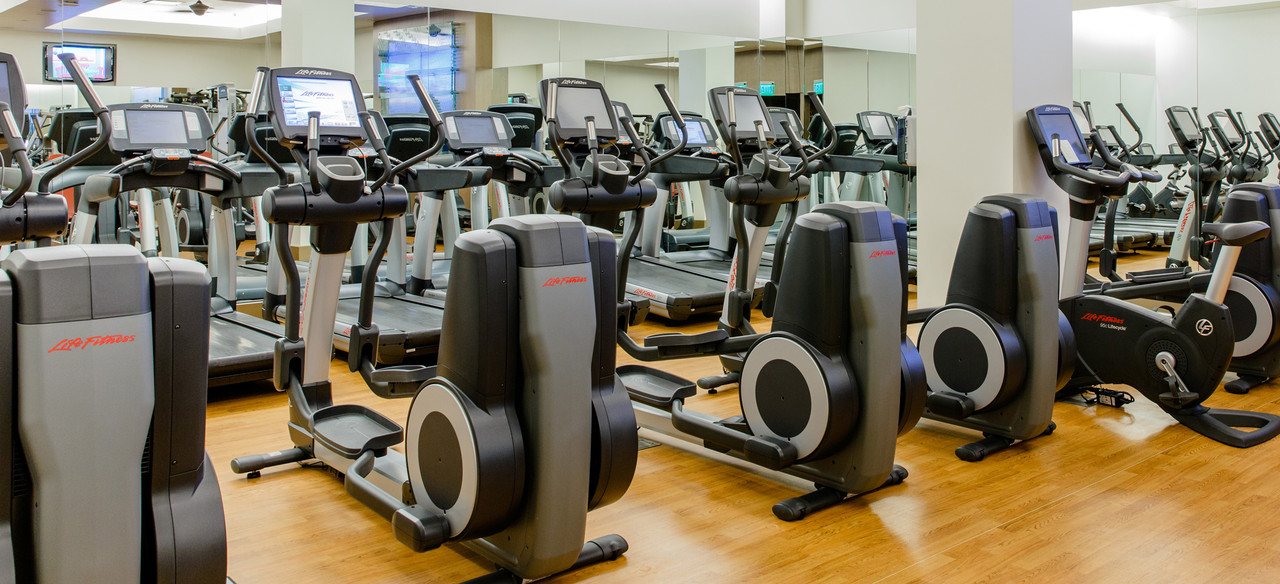 aulani-laniwai-spa-and-fitness-center-equipment-elipticle-sc.jpg