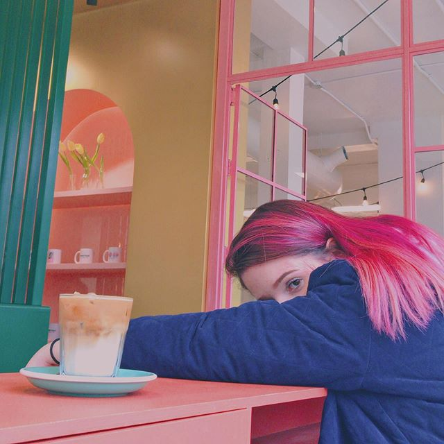 ✨☁️not a doodle, just half of my face and a crap ton of pink☁️✨ #thankyou @melissalikessushi 📷