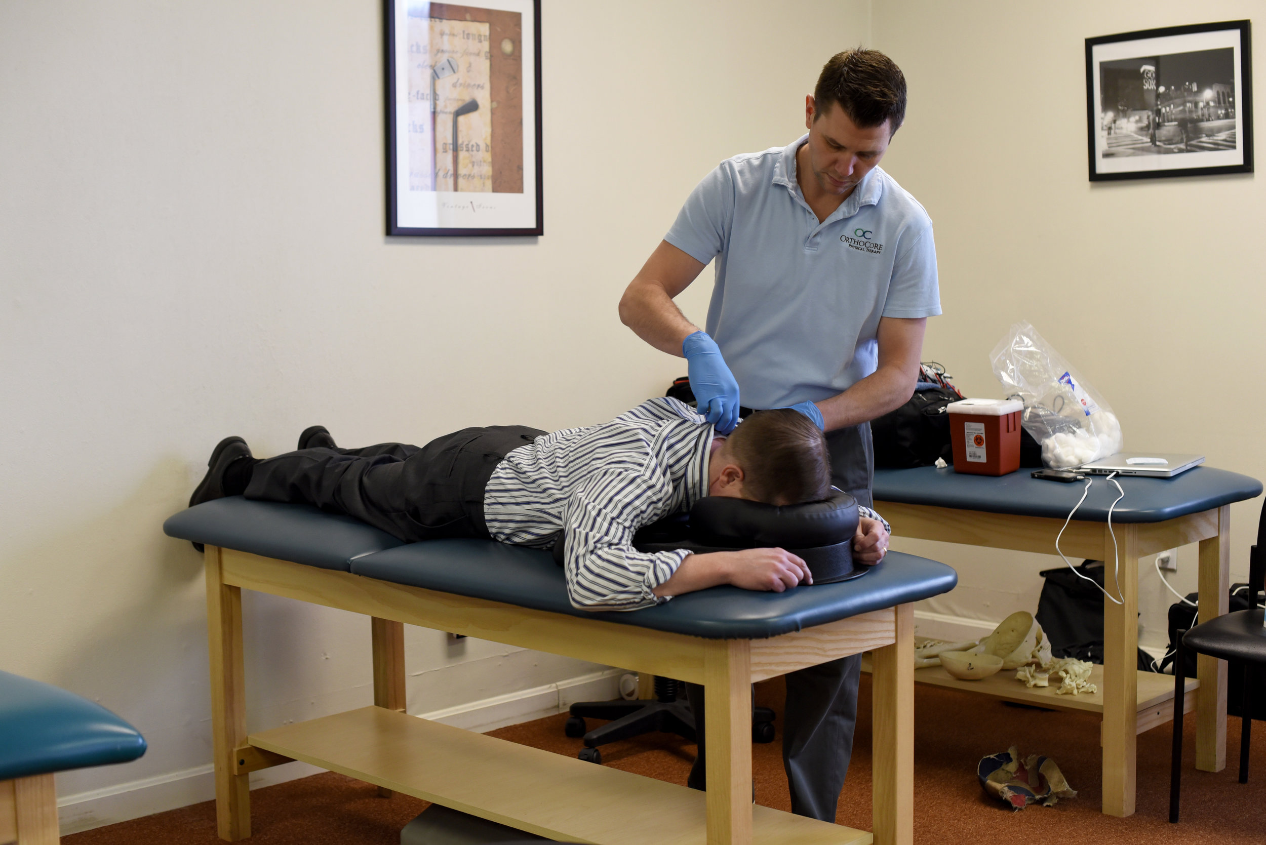 By hitting trigger points, functional dry needling can help relieve chronic pain.