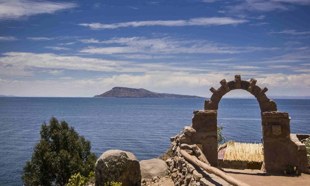 Arch above Lake Titicaca