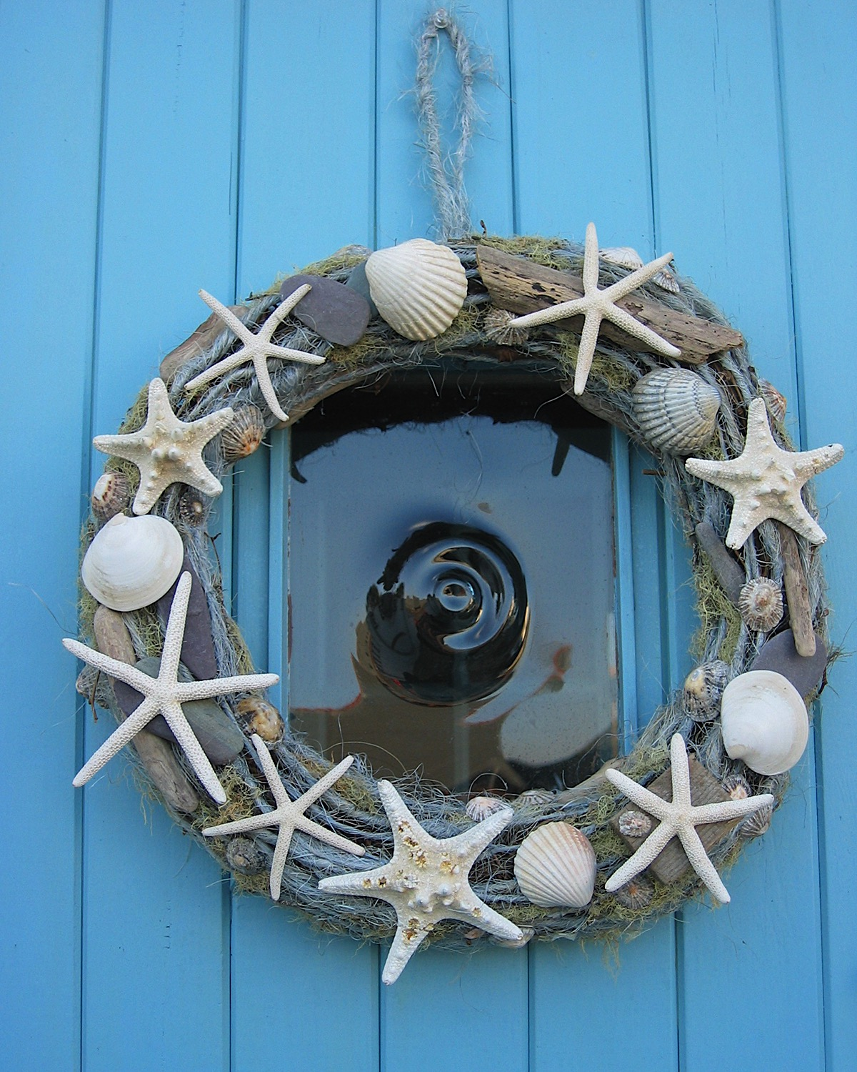 Xmas seaside wreath-crop.jpg