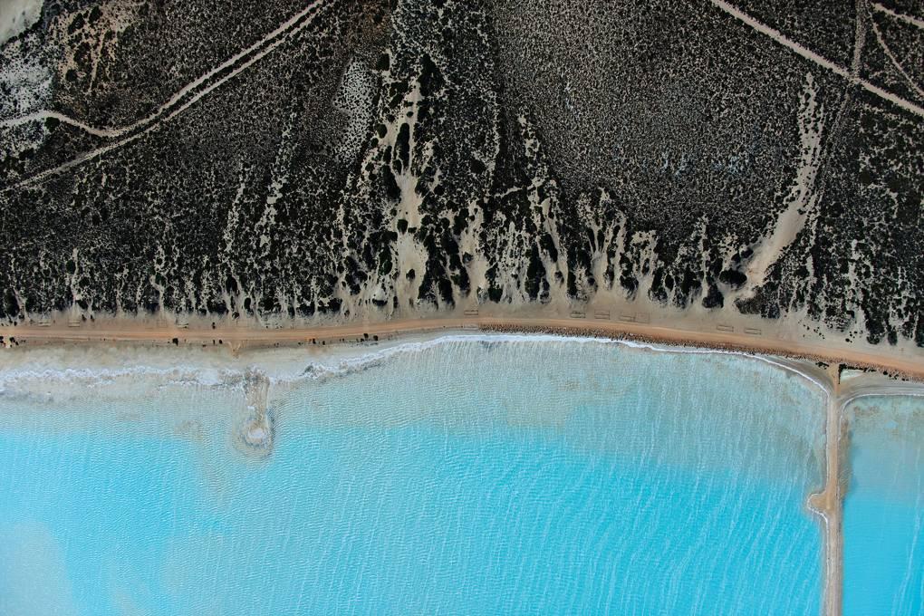 shark-bay-australia-conde-nast-traveller-16april18-tommy-clarke.jpg