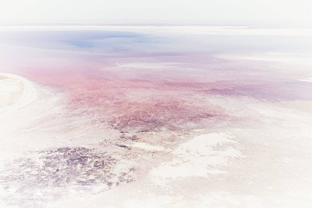 lake-eyre-australia-conde-nast-traveller-16april18-alistair-taylor-young.jpg