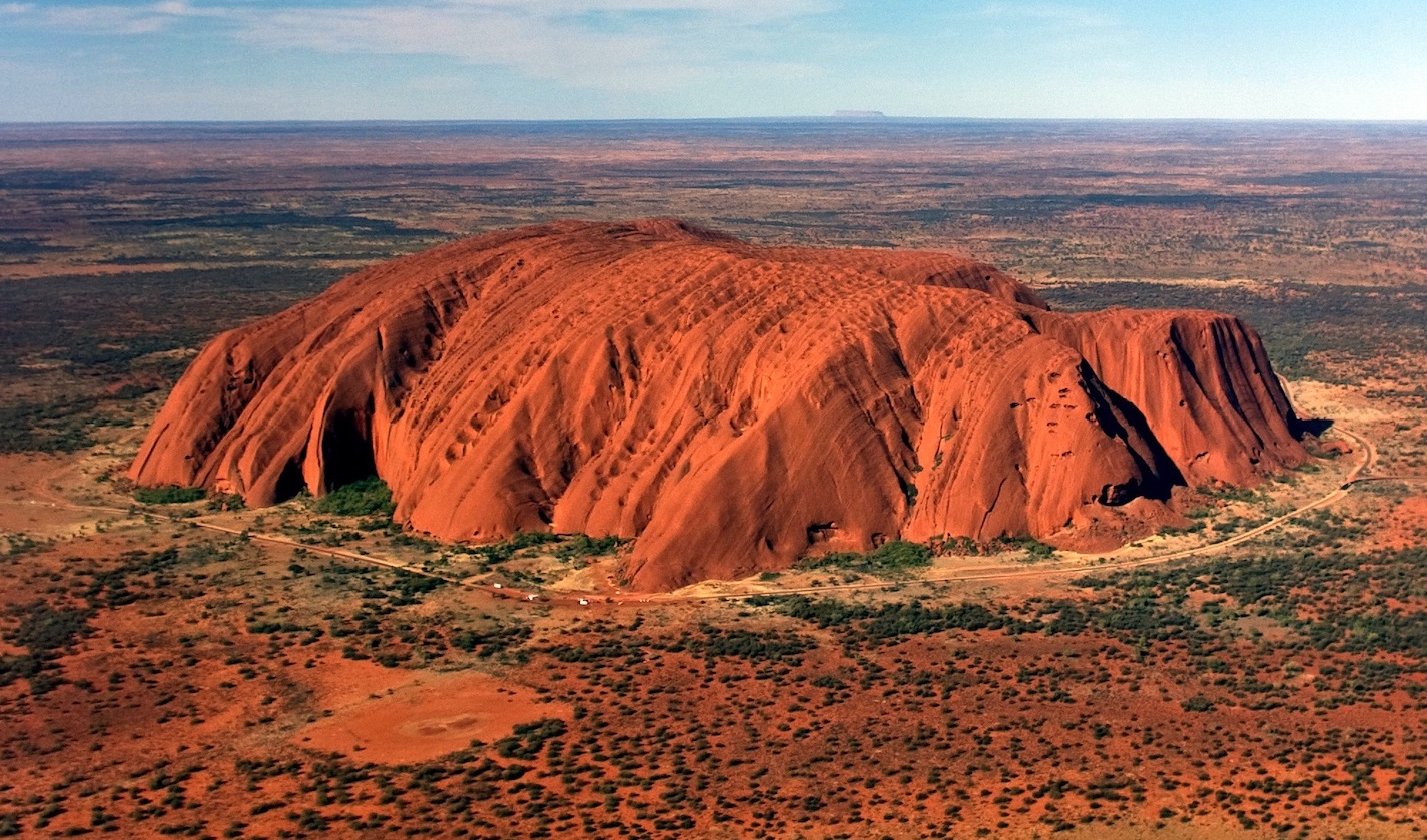 Ayers-Rock-Uluru.jpg