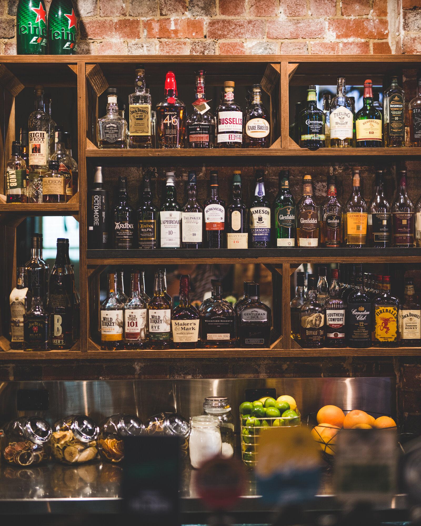 Bar_001.jpg