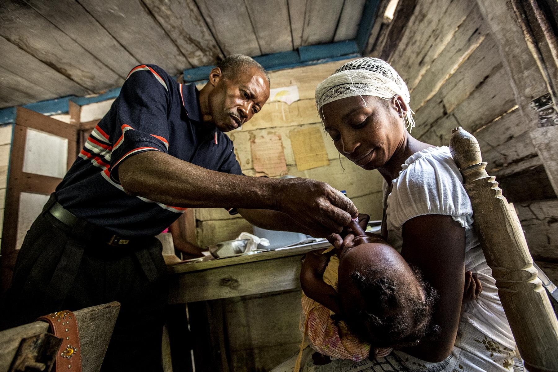 NEW 021614 Haiti Life in Demier 39jp-2.JPG